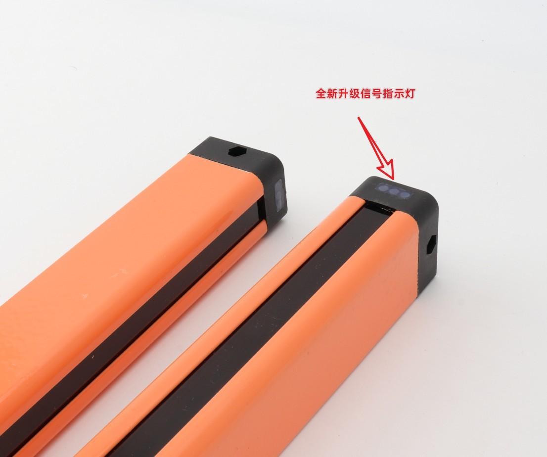 全新升级信号指示灯,采用橙色铝合金外壳